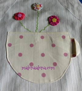 flower_apron_detail